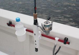 つりピタ/レールシステム(ビス固定タイプ)ボート使用例